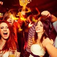 Enjoy a good fiesta in one of the nightclubs.