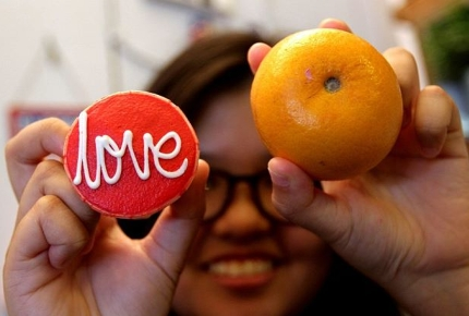 Find love with a tangerine