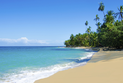 One of the many beautiful Costa Rican beaches