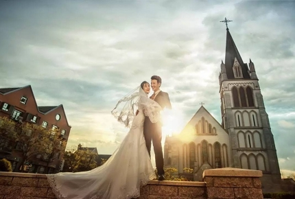 Take your wedding pictures in Thames Town, Song Jiang.