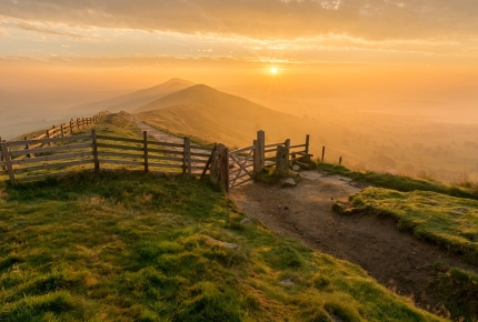 The views at Mam Tor stretch north over the Edale Valley to Kinder Scout and the Derwent Moors.