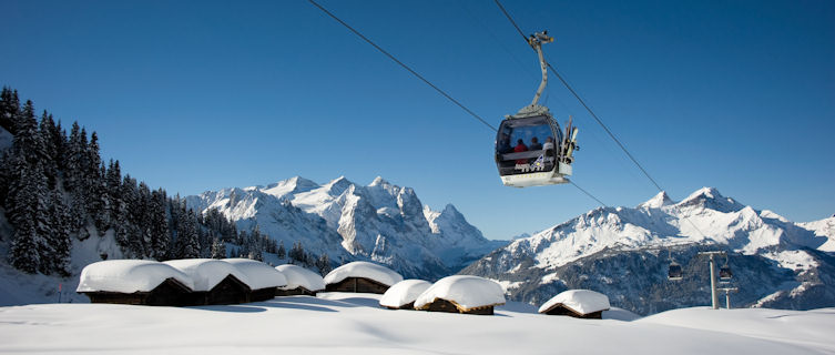 Snow-covered huts, Meiringen-Hasliberg