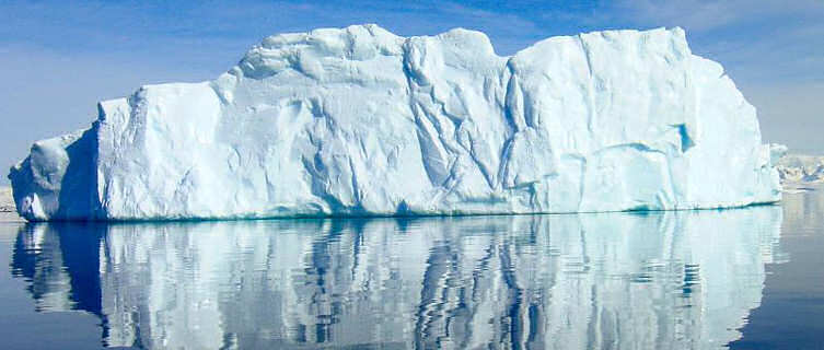 Antarctica Travel Guide and Travel Information