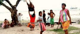 Kids, Kirabati