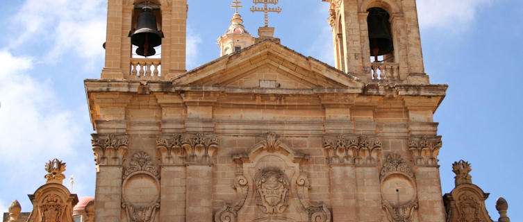 Malta Travel Guide and Travel Information