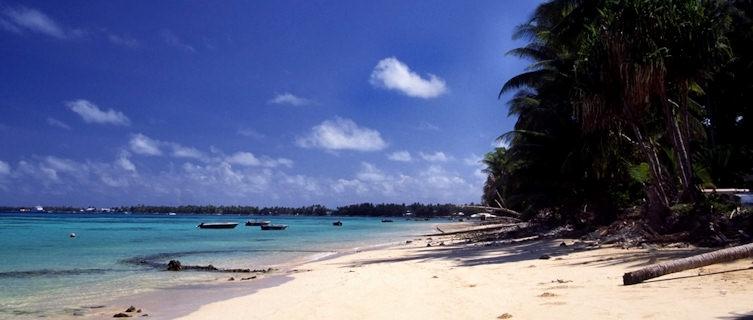 Tuvalu - Funafuti - Beach